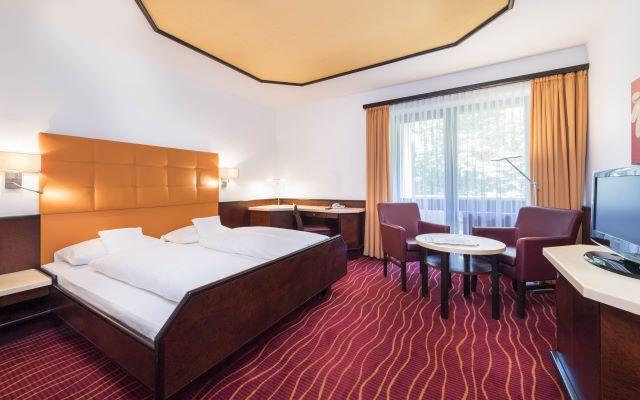 hotel am kurpark bad hersfeld doppelzimmer klassik. Black Bedroom Furniture Sets. Home Design Ideas